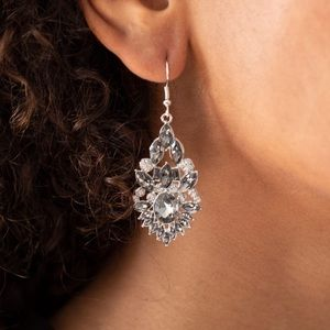 ❤️Ice Castle Couture Earrings